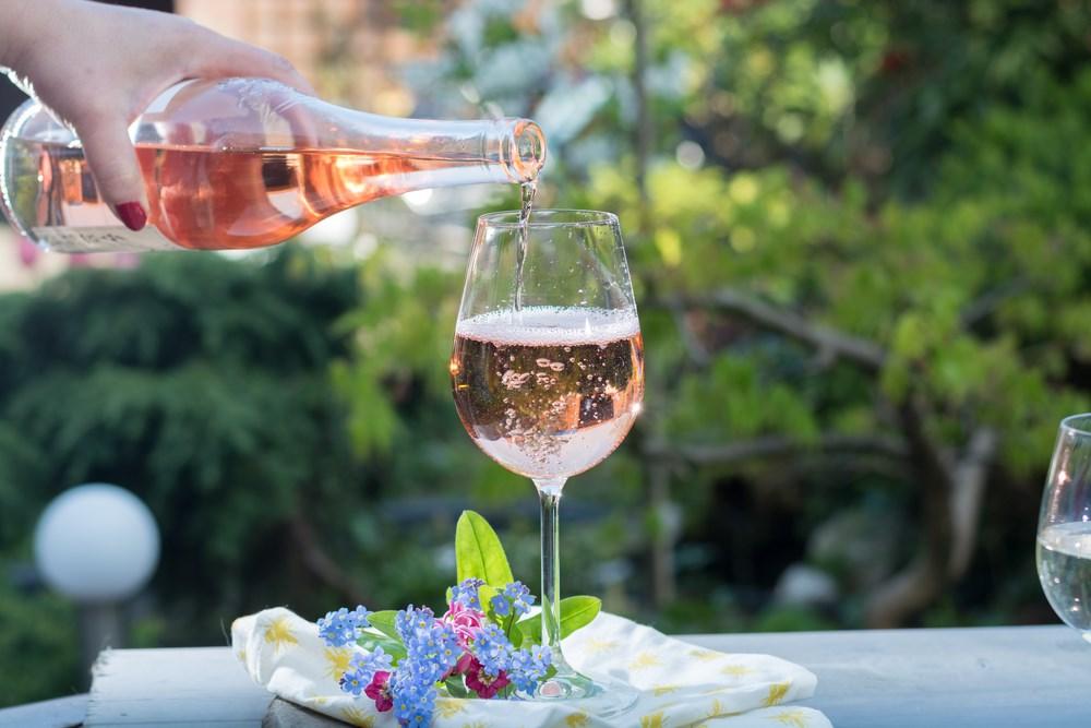 Розовое вино называют древнейшим из видов. Фото: центр винной культуры «Дерех ха-Яин»
