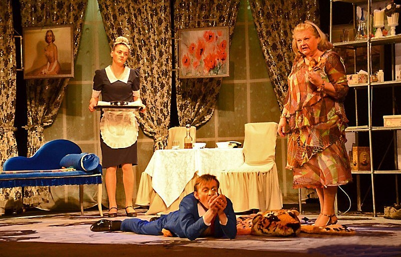 Сцена из спектакля на «Струнах дождя». Фото предоставлено RestInternational и ПК «Аметист»