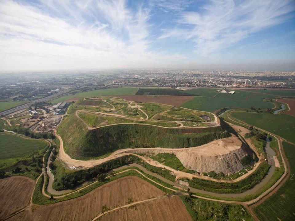 Мусор в Израиле. Фото: parksharon