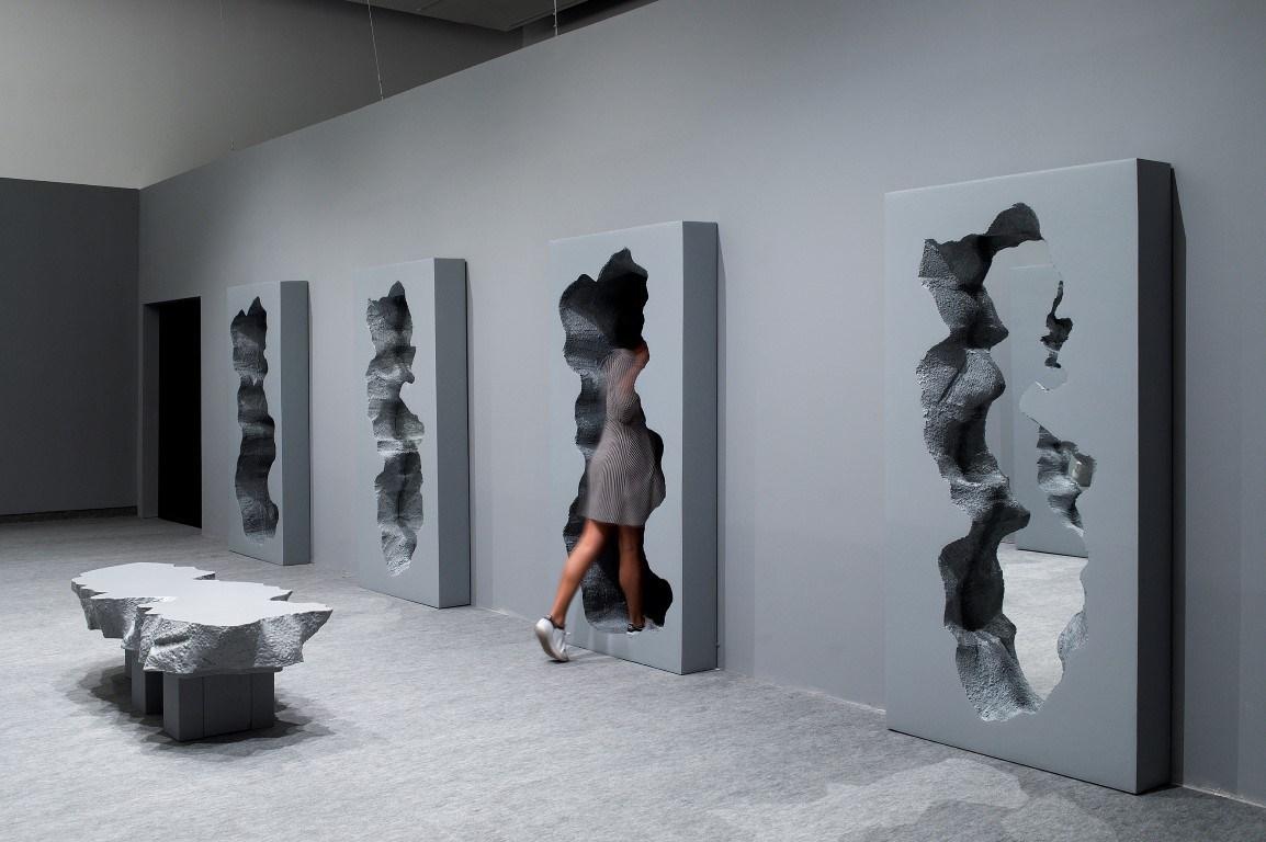 «Нечетное». Зал Разбитых Зеркал. Фото Элад Сариг