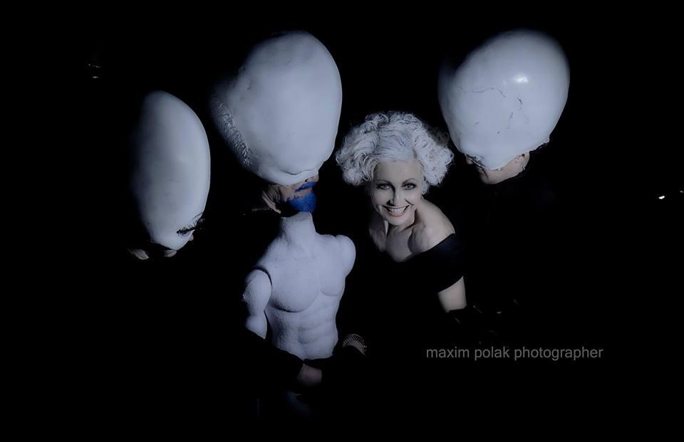 «Цирк». Сцена из спектакля. Фото: Максим Полак
