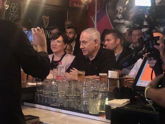 Биби Нетаньяху на встрече с блогерами. Фото: Елена Шафран