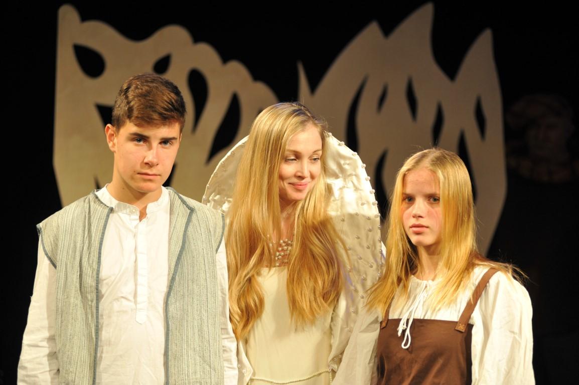 «Синяя птица»: фото: Владимир Юдович: предоставлено Русской труппой Хайфского Театра