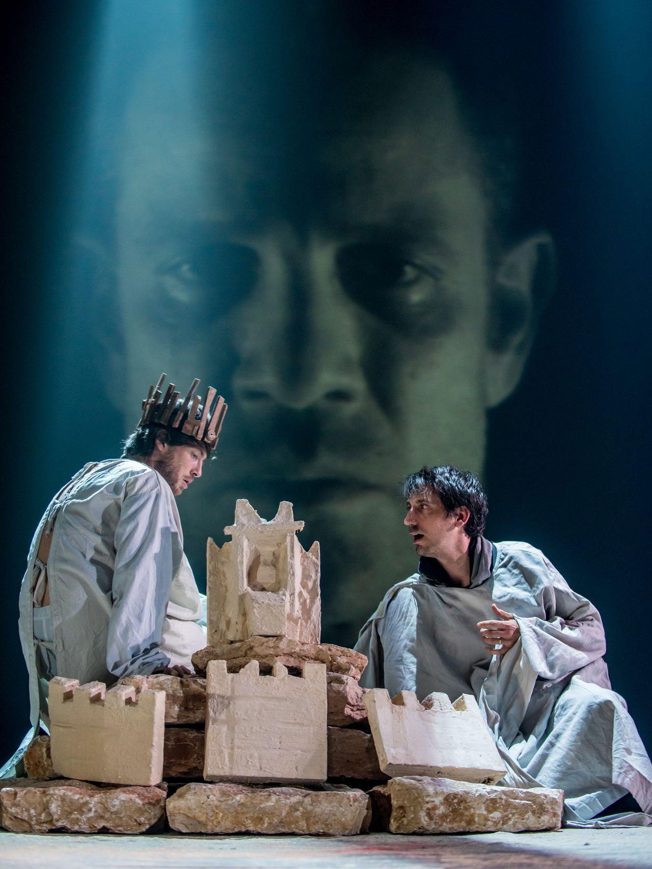 Гешер: Сцена из спектакля «Книга царя Давида», фотограф Сергей Фишбах