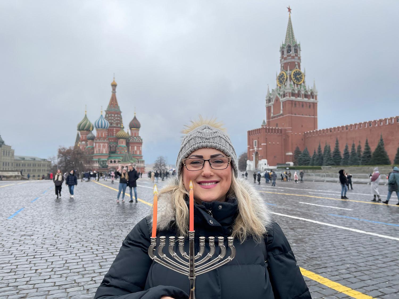 СОХНУТ: первая свеча в Москве. Фото предоставлено Еврейским агентством
