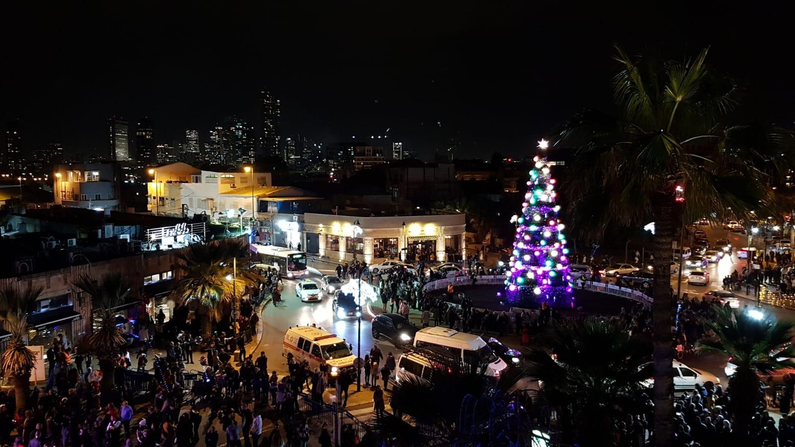 Еврейские праздники: рождественская ёлка в Тель-Авиве. Фото предоставлено пресс-службой Тель-Авива