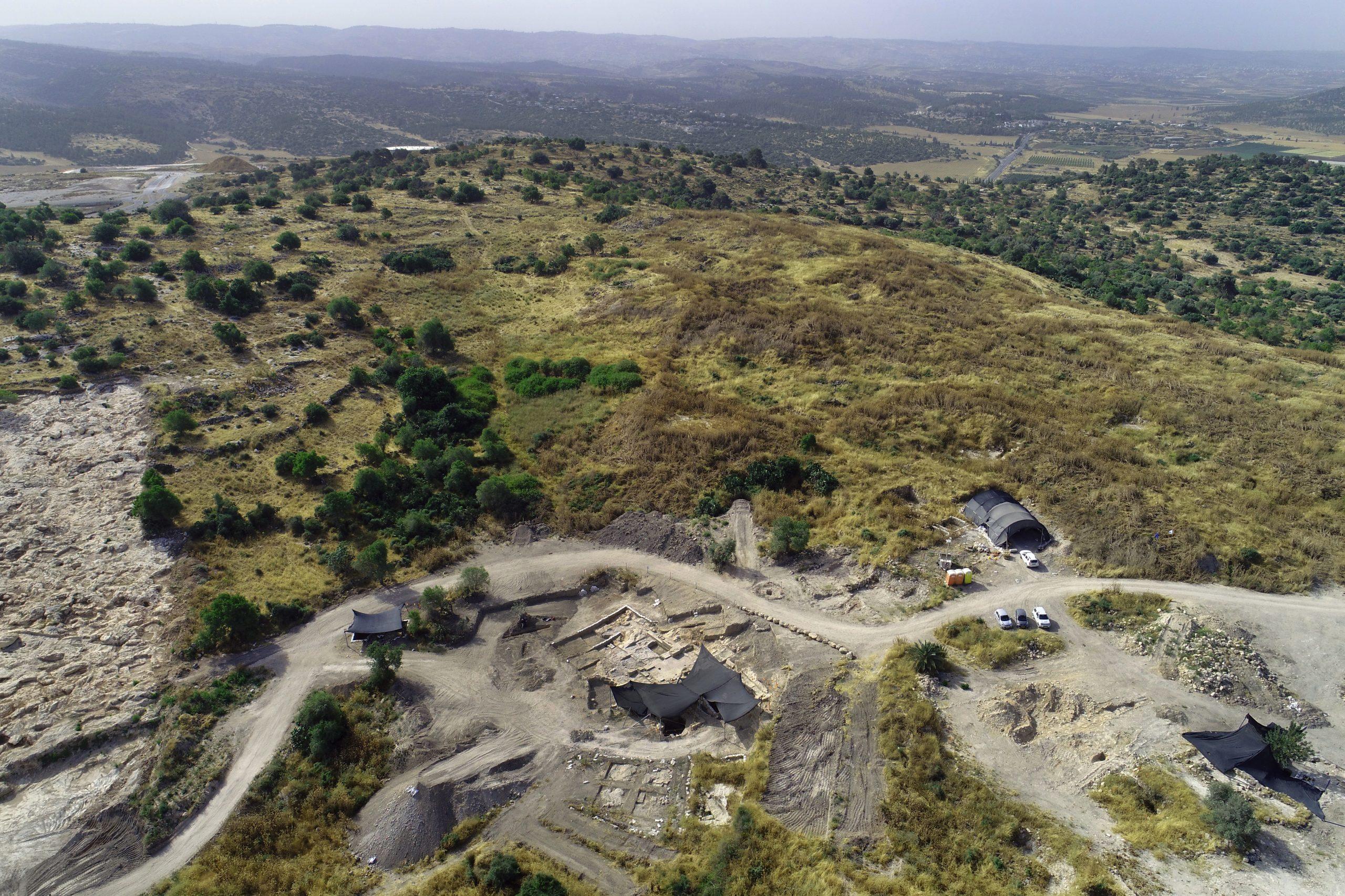 Израильское управление древностей: раскопки в Бейт Шемеш: фото Асаф Перец