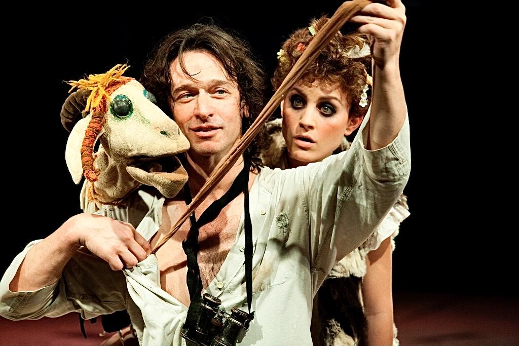 «Деревушка»: сцена из спектакля. Фото предоставлено пресс-службой театра «Гешер»