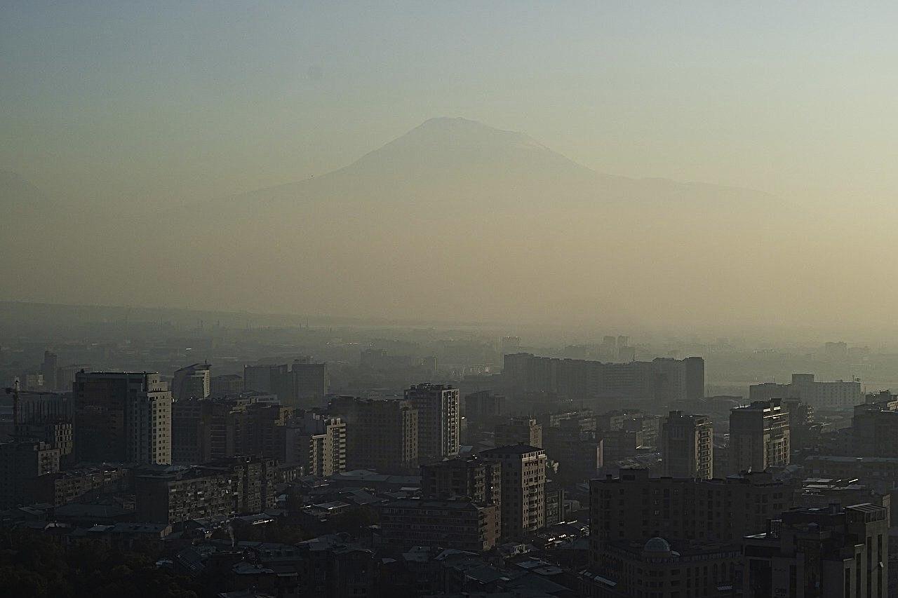 Армения землетрясение: Ереван: Фото Мустафа Мераджи Pixabay