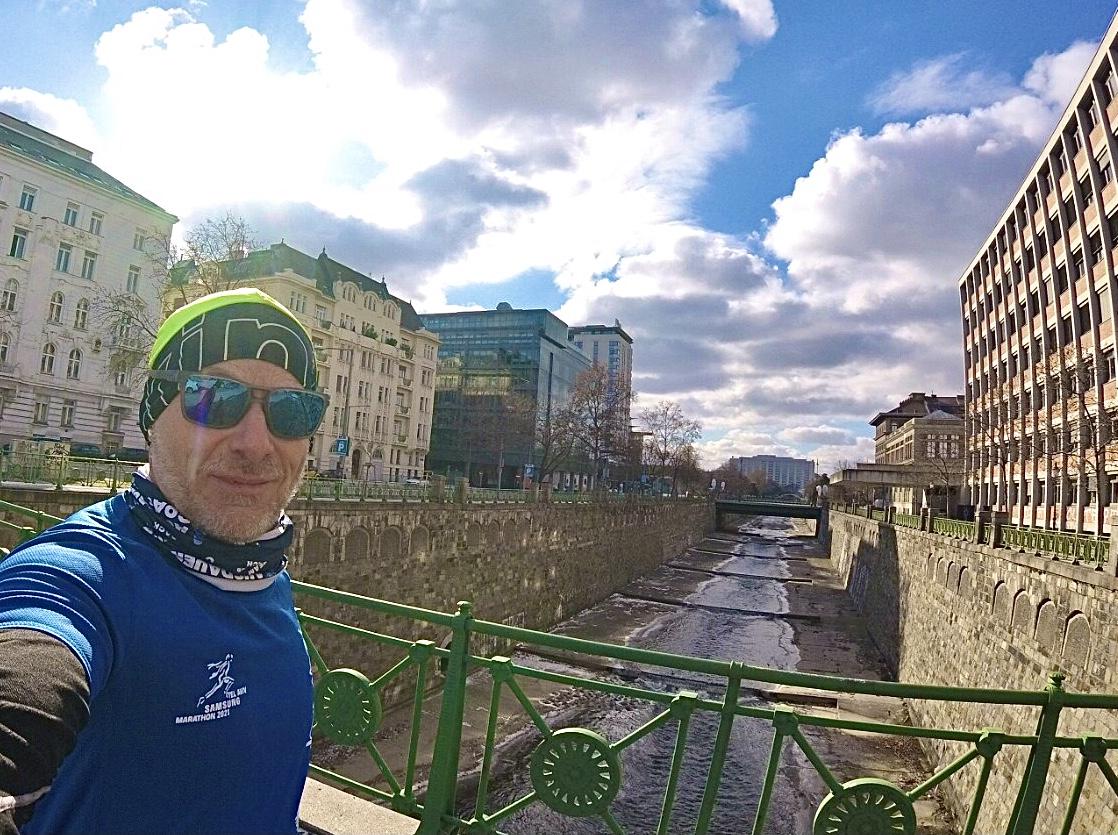 Марафон: Том Роттенберг бежит в Вене. Фото: Courtesy. Предоставлено пресс-службой мэрии Тель-Авив-Яфо