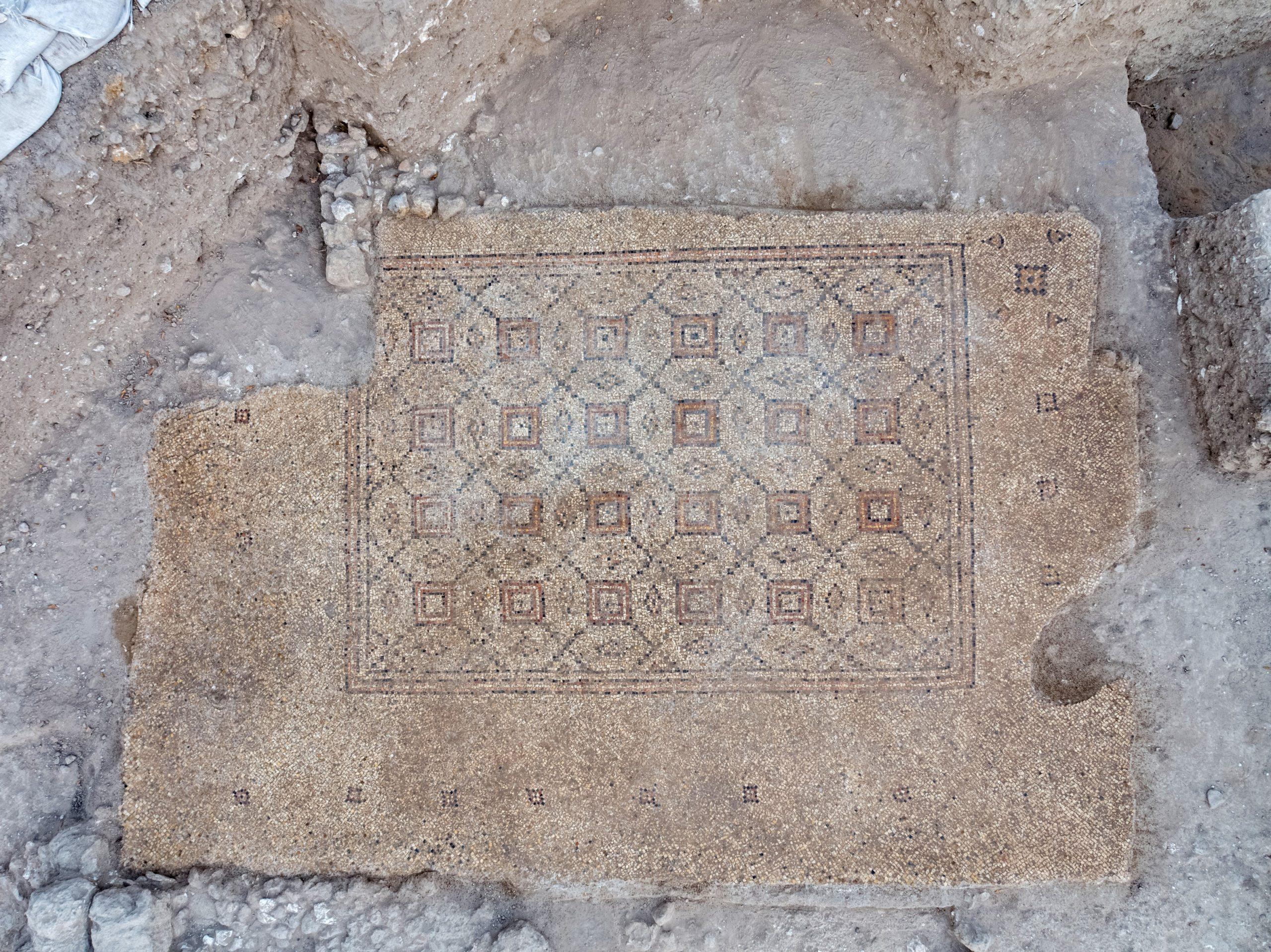 Византийская мозаика в Явне. Фото Ассаф Перец. Предоставлено Управлением древностей Израиля