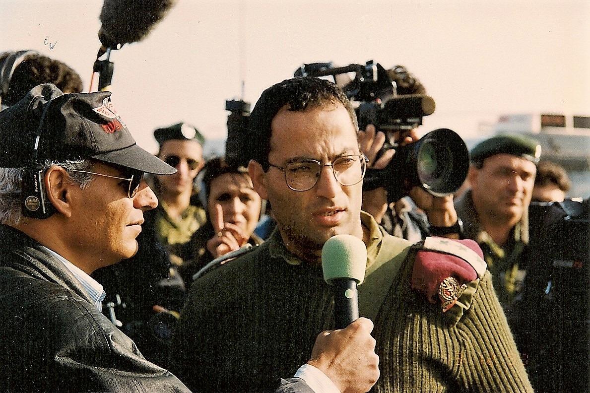 Шауль Ариэли: 1993 год, посещение пример-министра Ицхака Рабина расположений северных частей ЦАХАЛ. Фото из личного архива